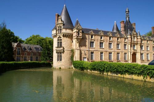 Дворцы и замки 183
