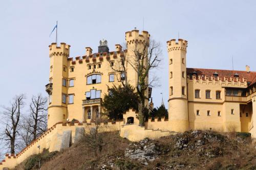 Дворцы и замки 548