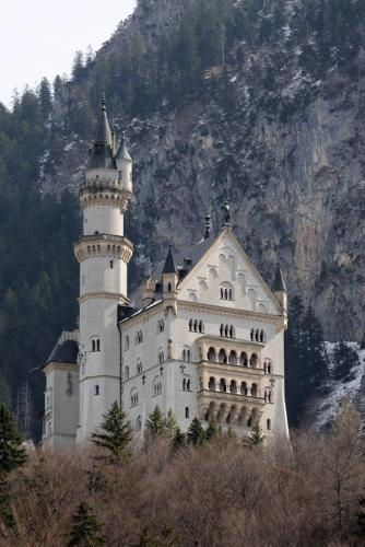 Дворцы и замки 552