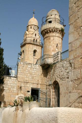 Дворцы и замки 555