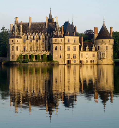Дворцы и замки 624