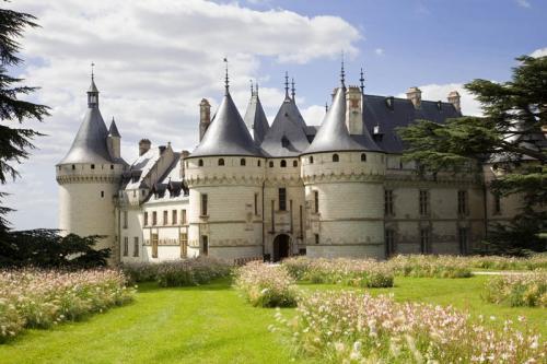 Дворцы и замки 625