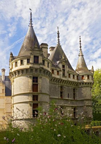 Дворцы и замки 626