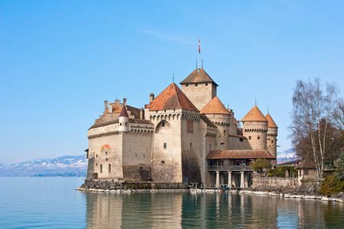 Дворцы и замки 628