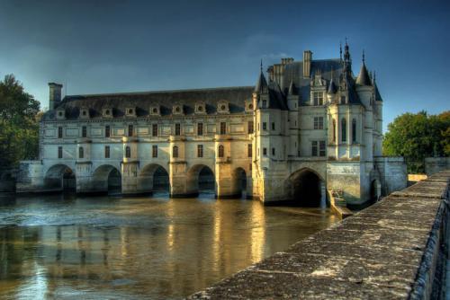 Дворцы и замки 629