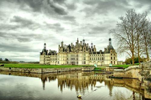 Дворцы и замки 630