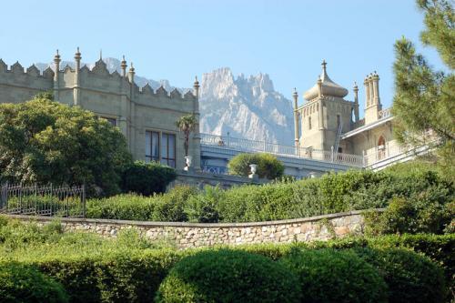 Дворцы и замки 633